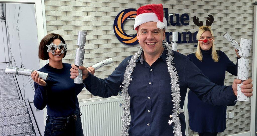 IT'S A BLUE & ORANGE CHRISTMAS!